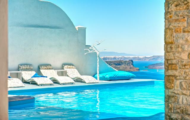 Astarte Suites Hotel in Santorini