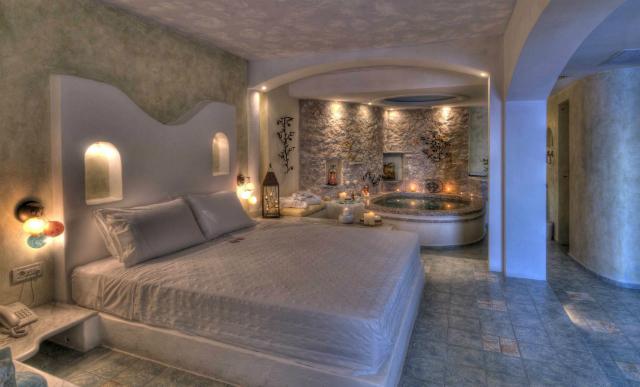 Honeymoon Suite Astarte
