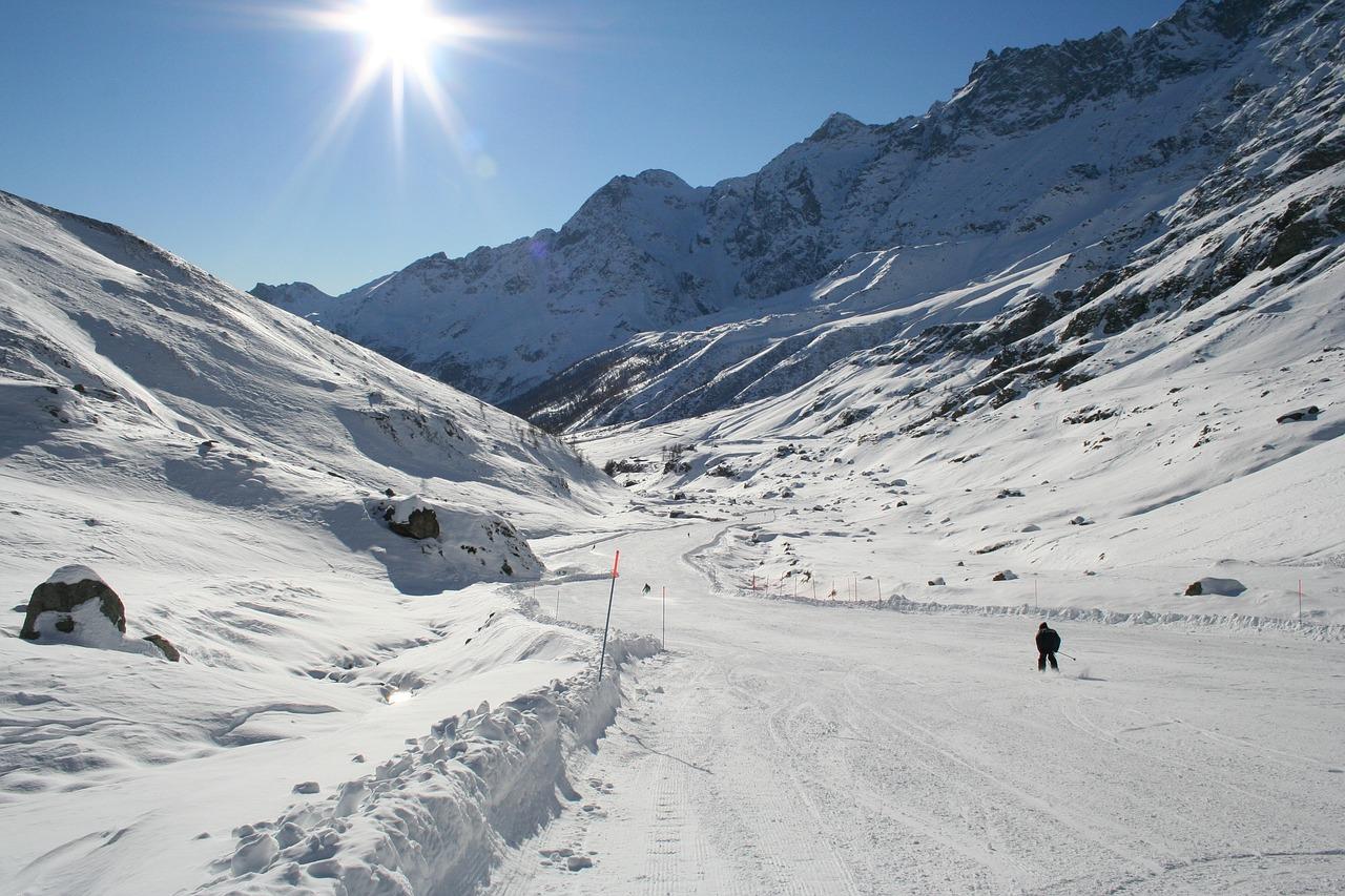 Cervinia Snow Winter Ski Mountain Holiday Italy