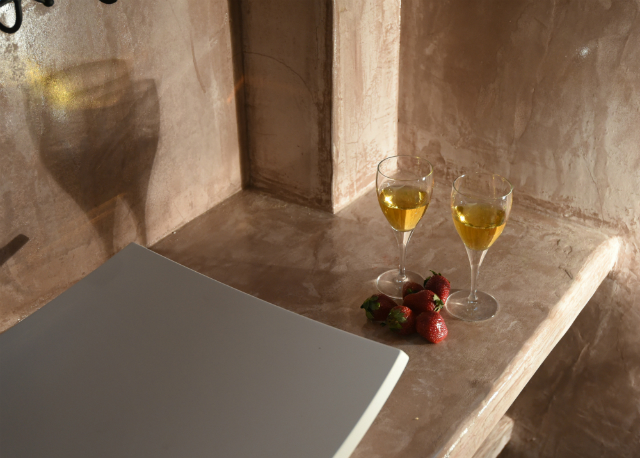 Romance At Andronis Athens