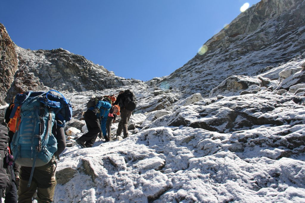 Everest-Base-Camp-Crossing-the-C-La-Pass