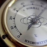 What Is The Difference Between Analog And Digital Hygrometer?