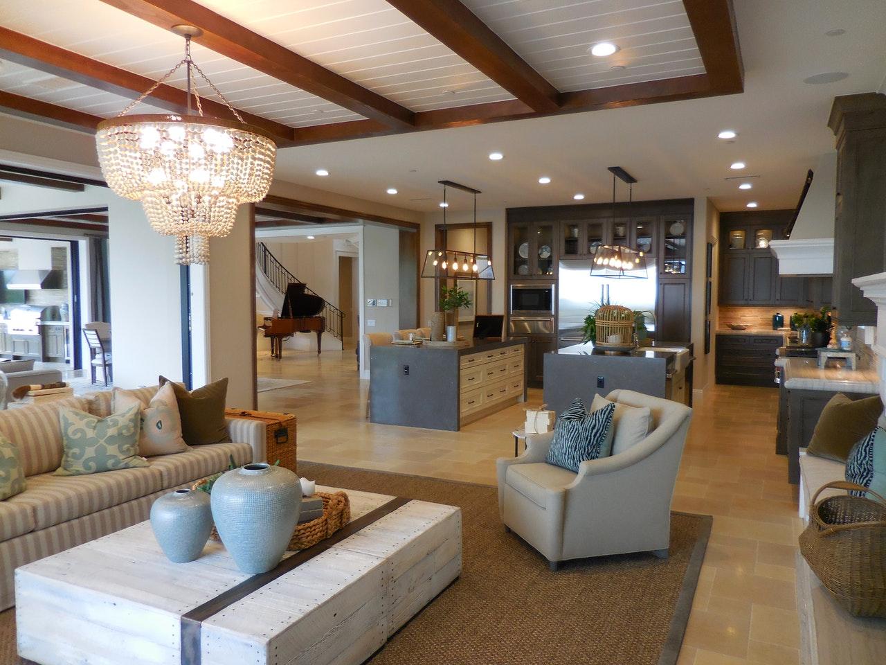 Luxurious House