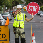 How much do traffic controllers earn in Sydney?