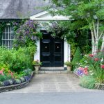 How to Style Your Front Yard